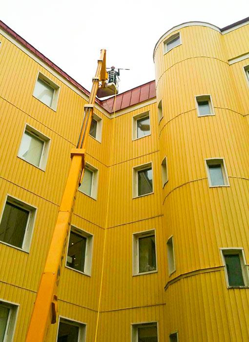 Fasadtvätt på BRF Friggaboden i Göteborg utförs av Floreas Bygg & Förvaltning.